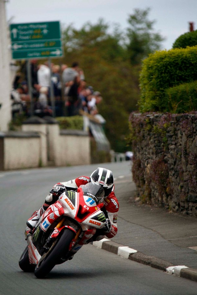 IOMTT: Ballaugh & Ballacrye with Richard Mushet Supersport Superstock Ballaugh Ballacrye Isle of Man TT Richard Mushet 03 635x952