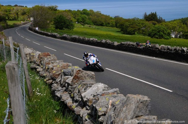 Trackside Tuesday: From Over the Hedge Trackside Tuesday Isle of Man TT 2013 Tony Goldsmith 03 635x421