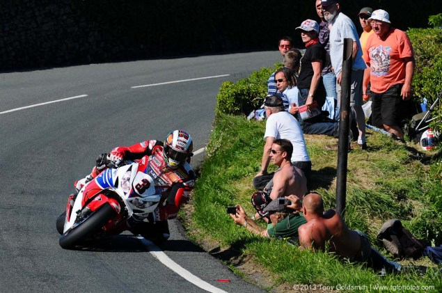 Trackside Tuesday: From Over the Hedge Trackside Tuesday Isle of Man TT 2013 Tony Goldsmith 04 635x421