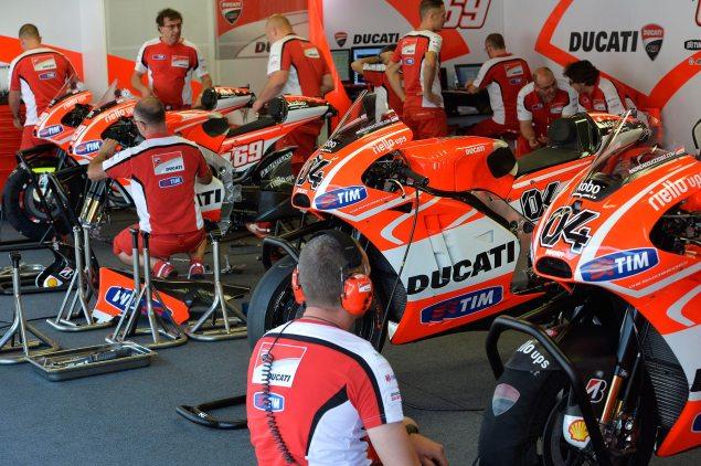 MotoGP: Catalunya Post Race Test Times   Lorenzo Edges Hayden, Suzuki up to Speed ducati corse garage motogp catalunya test 635x422