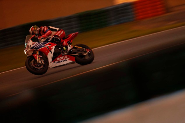 Ride with John McGuinness at Suzuka Honda TT Legends Suzuka 8 Hour 05 635x423