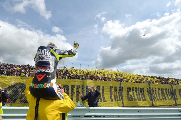 Thursday Summary at Sachsenring: On Rossis Return, Pedrosas Invincibility, & Riding Injured valentino rossi win dutch tt aseen motogp yamaha racing 03 635x423