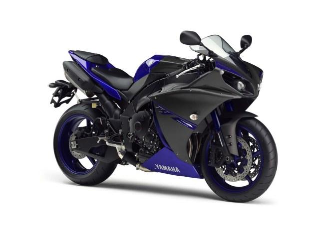 2014-Yamaha-YZF-R1-Race-Blu-01