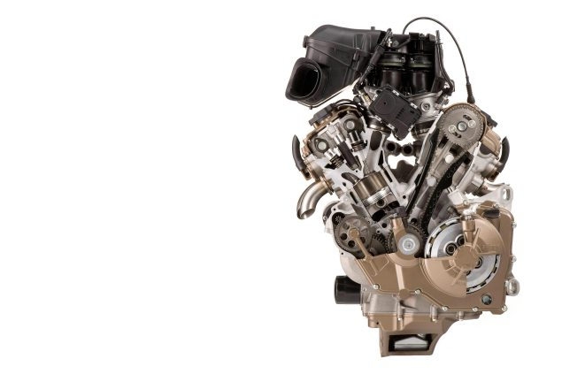 WSBK: New 2014 Superbike & Superbike EVO Rules Posted aprilia rsv4 factory engine motor cutaway reversed 635x423