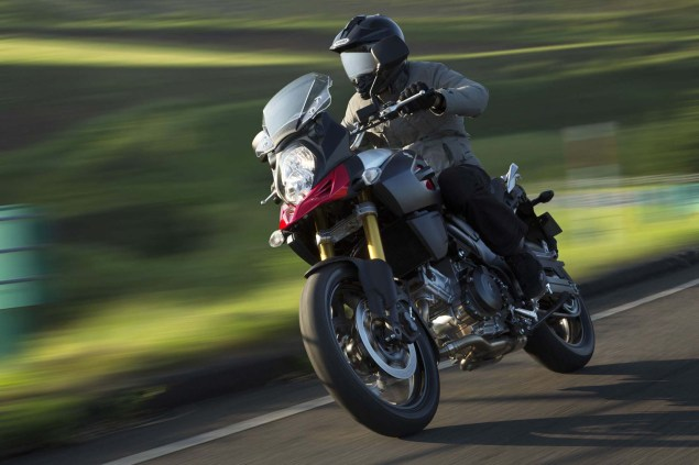 58 Hi Res Photos of the 2014 Suzuki V Strom 1000 2014 Suzuki V Strom 1000 action 15 635x423