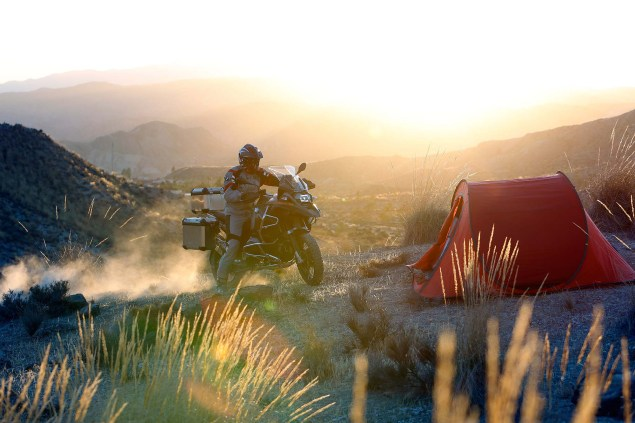 2014-BMW-R1200GS-Adventure-action-21