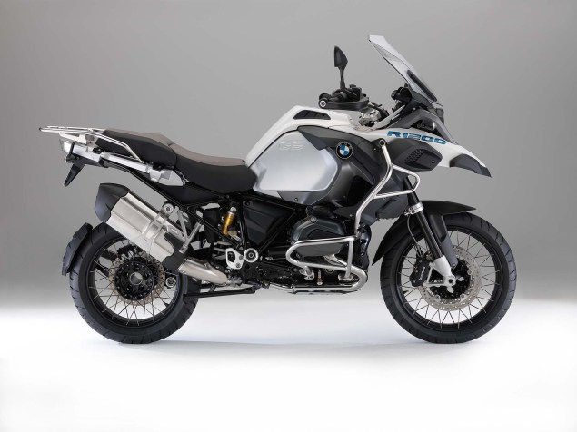 The 2014 BMW R1200GS Adventure is Finally Here 2014 BMW R1200GS Adventure studio 06 635x476