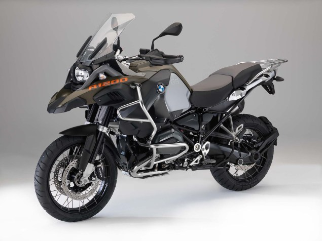 The 2014 BMW R1200GS Adventure is Finally Here 2014 BMW R1200GS Adventure studio 07 635x476