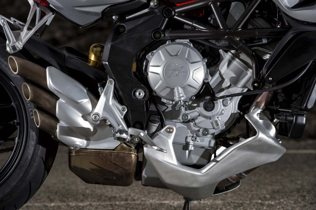 MV Agusta Recalls Certain 2014 Models for Faulty Hardware 2014 MV Agusta Rivale 800 30 635x422