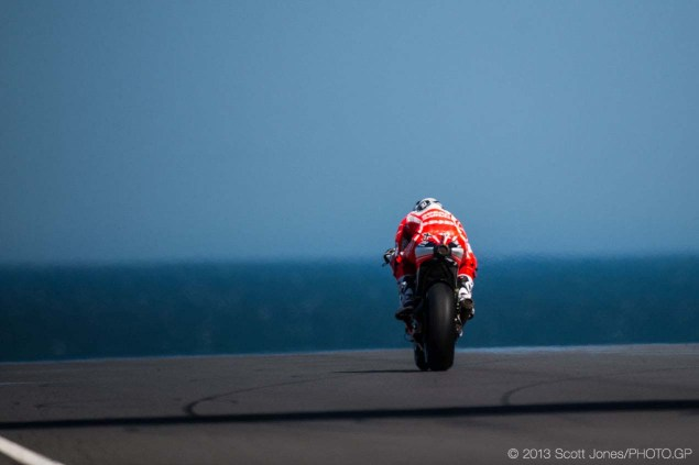 Friday at Phillip Island with Scott Jones Friday Phillip Island MotoGP 2013 Scott Jones 08 635x423