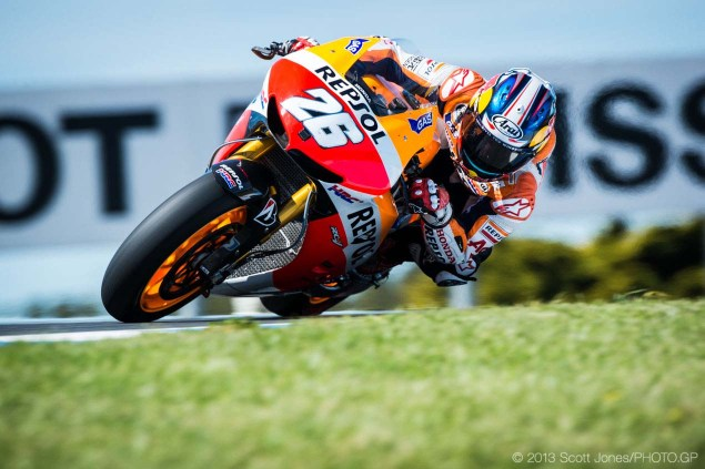 Saturday at Phillip Island with Scott Jones Saturday Phillip Island MotoGP 2013 Scott Jones 04 635x423