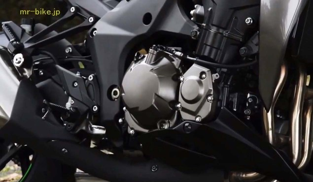 More Photos and Video of the 2014 Kawasaki Z1000 2014 Kawasaki Z1000 video leak 07 635x370