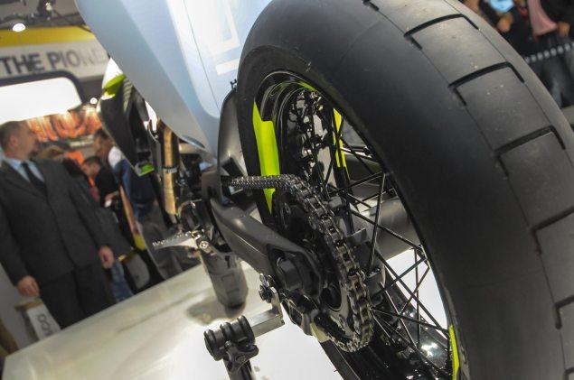 Photos: Husqvarna 701 Concept   A Future Supermoto? Husqvarna 701 Concept EICMA 3 635x421
