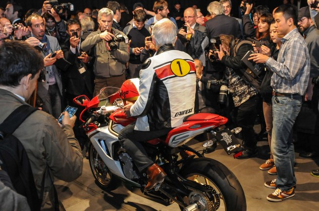Up Close with the MV Agusta F3 800 Ago MV Agusta F3 800 Ago EICMA 14 635x421