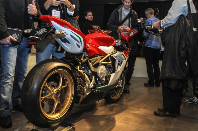 Up Close with the MV Agusta F3 800 Ago MV Agusta F3 800 Ago EICMA 19 635x421