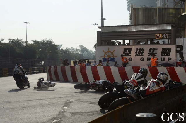 Were These the Luckiest Guys at the Macau GP? Macau GP crash 10 635x422
