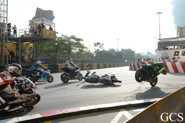 Were These the Luckiest Guys at the Macau GP? Macau GP crash 7 635x422
