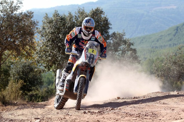 Video: KTM Readies for the 2014 Dakar Rally 2014 KTM Dakar Rally Coma 02 635x423