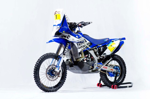 Photos: Cyril Despres & His Yamaha YZ450F Rally Race Bike Cyril Despres Yamaha YZ450F Rally studio 03 635x423