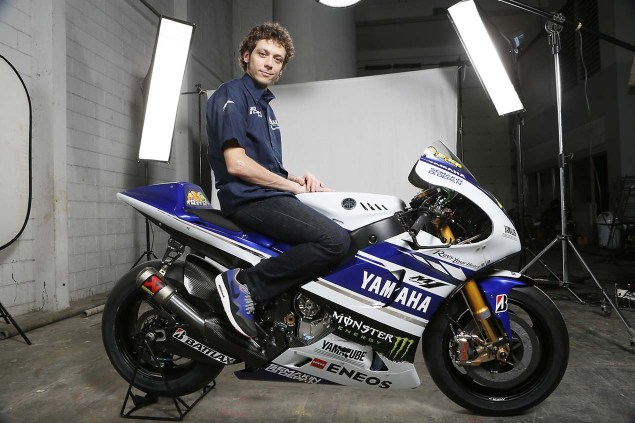 The 2014 Yamaha YZR M1 Breaks Cover in Indonesia 2014 Yamaha YZR M1 Livery 17 635x423