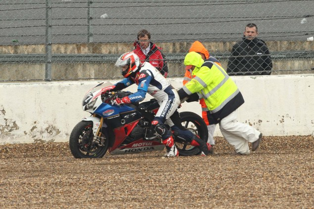 TT Legends    Episode 2: The Bol dOr 24 Hour Race Honda TT Legends Bol d Or 2012 06 635x423