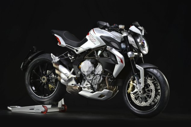 Tech Specs of the MV Agusta Brutale 800 Dragster MV Agusta Brutale 800 Dragster 2014 5 635x422