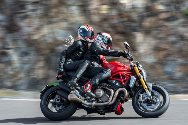 2014-Ducati-Monster-1200-action-43