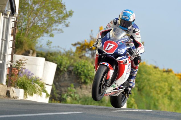 Simon Andrews to Ride for Penz13.com at IOMTT simon andrews isle of man tt jump 635x423