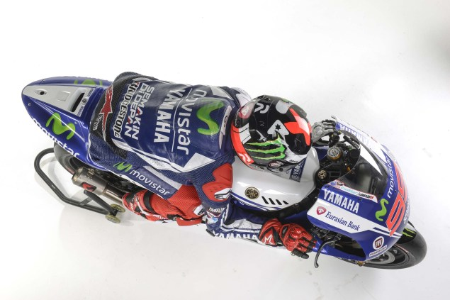 Movistar Yamaha 2014 MotoGP Livery Revealed 2014 Movistar Yamaha MotoGP livery 13 635x423