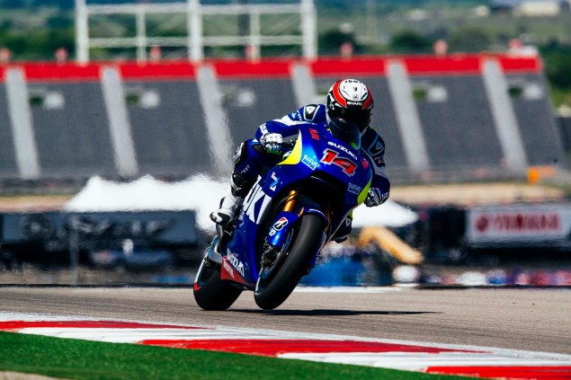 Kevin Schwantz Tests Suzuki XRH 1 MotoGP Bike at COTA, While Randy De Puniet Matches Pace of Open Bikes Kevin Schwantz Randy de Puniet Suzuki XRH 1 MotoGP COTA test 05 635x423