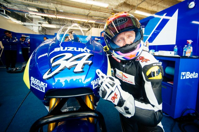 Kevin Schwantz Tests Suzuki XRH 1 MotoGP Bike at COTA, While Randy De Puniet Matches Pace of Open Bikes Kevin Schwantz Randy de Puniet Suzuki XRH 1 MotoGP COTA test 22 635x423