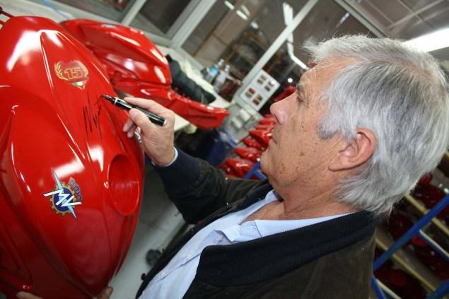 MV Agusta F3 800 Ago Now Officially Debuts MV Agusta F3 800 Ago Giacomo Agostini 01 635x423