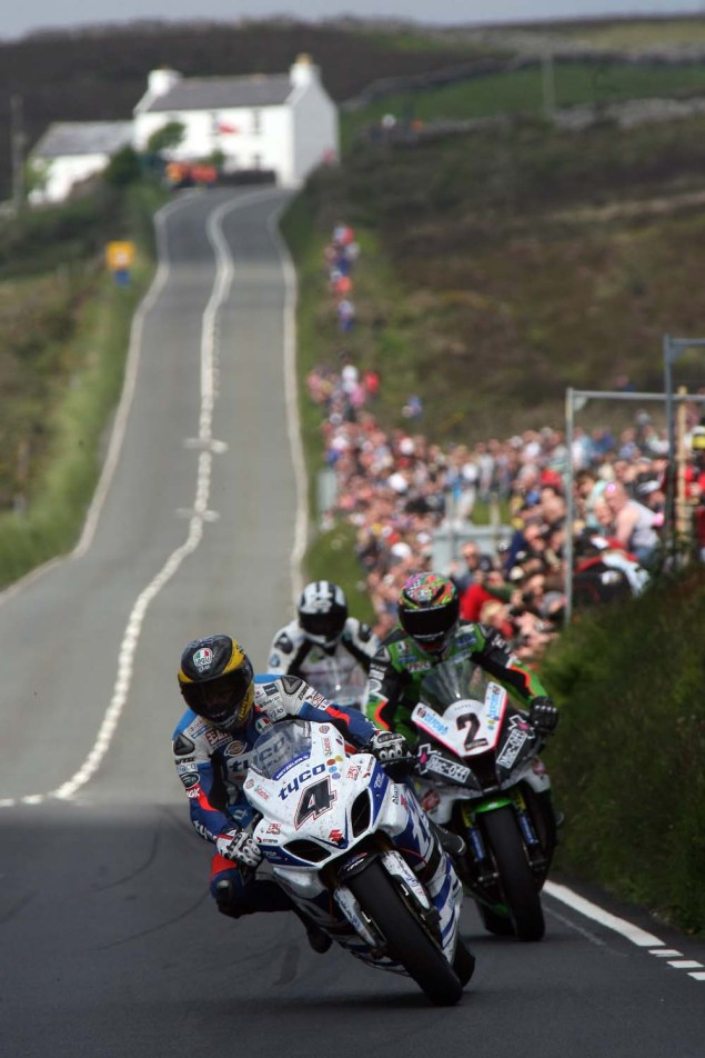 IOMTT: Creg ny Baa with Richard Mushet 2014 Isle of Man TT Creg ny Baa Richard Mushet 09 635x952