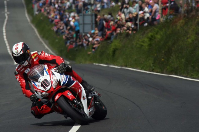 IOMTT: Creg ny Baa with Richard Mushet 2014 Isle of Man TT Creg ny Baa Richard Mushet 12 635x423