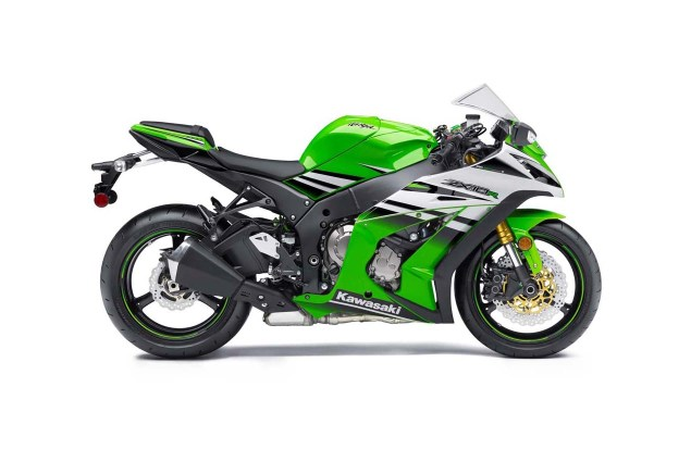 2015 Kawasaki Ninja ZX 10R   Celebrating 30 Years of Ninja 2015 Kawasaki Ninja ZX 10R 30th Anniversary 06 635x425