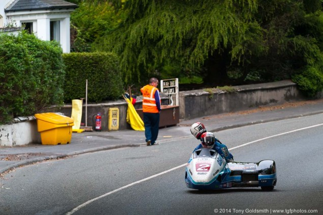 IOMTT: Greeba Castle with Tony Goldsmith Greeba Castle Isle of Man TT 2014 Tony Goldsmith 02 635x422