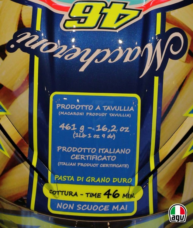 Valentino Rossis Special Mugello Helmet Explained Valentino Rossi AGV Helmet Mugello 2014 02 635x750