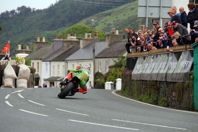 IOMTT: Ballaugh Bridge with Richard Mushet 2014 Isle of Man TT Ballaugh Bridge Richard Mushet 05 635x423