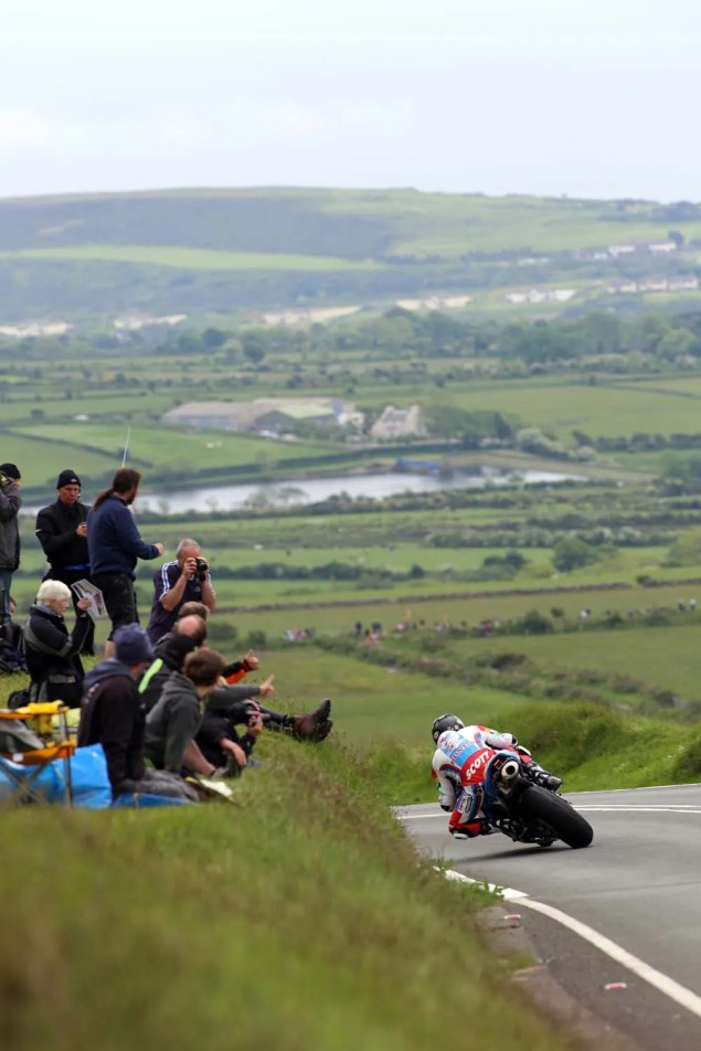 IOMTT: Kates Cottage with Richard Mushet 2014 Isle of Man TT Kates Cottage Richard Mushet 09 635x952