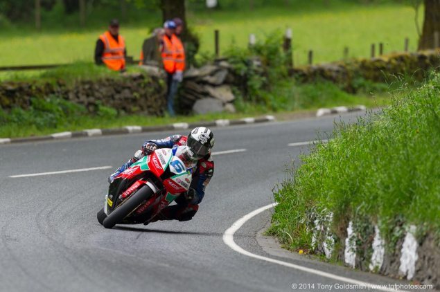 IOMTT: Monster Energy Supersport TT Race 2 Results michael dunlop supersport tt isle of man tt tony goldsmith 635x422