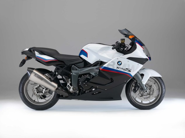 2015 BMW K1300S Motorsport   A Swan Song? 2015 BMW K1300S 12 635x476