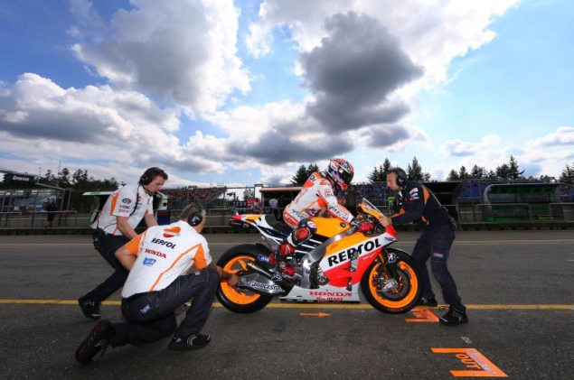 Saturday Summary at Brno: Marquezs Secret Towing Strategy & The Drama in Moto3 marc marquez pit brno motogp hrc 635x421