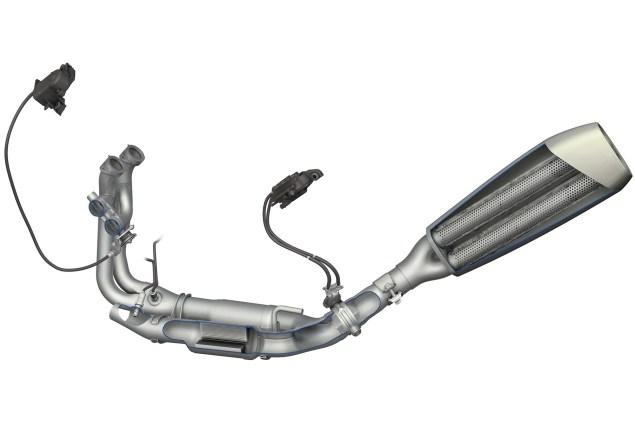 2015-BMW-S1000RR-CAD-06
