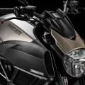 2015-Ducati-Diavel-Titanium-01