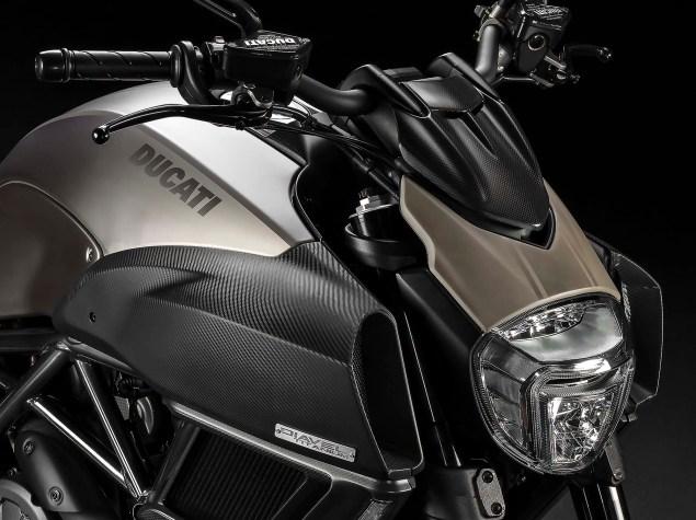 Ducati Diavel Titanium   A Bold Limited Edition 2015 Ducati Diavel Titanium 01 635x475