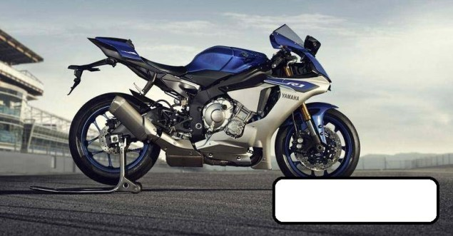 Here are the First Photos of the 2015 Yamaha YZF R1 2015 Yamaha YZF R1 leak 02 635x331