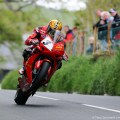 Trackside-Tuesday-John-McGuinness-TT-2013-349