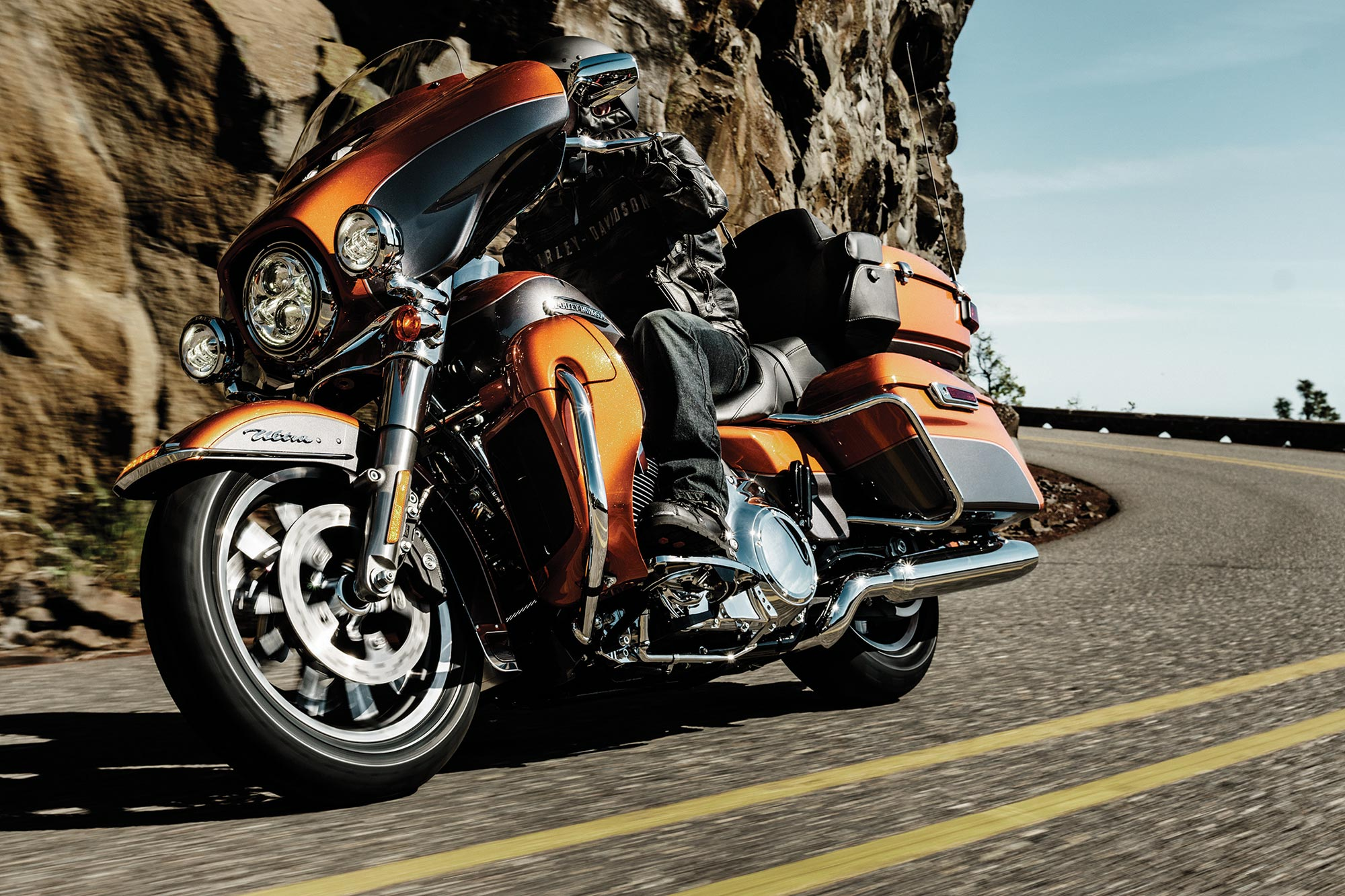 Harley Davidson Recalls 185 000 Bikes For Saddlebags