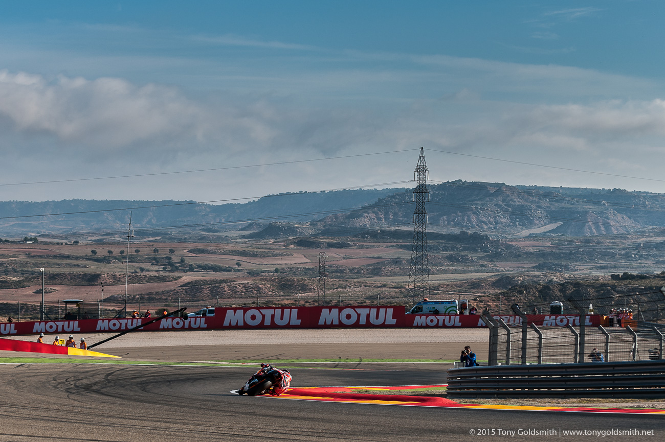 [GP] Aragon Saturday-Aragon-Grand-Prix-of-Aragon-MotoGP-2015-Tony-Goldsmith-916