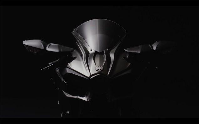 2016-Kawasaki-Ninja-H2-black-14